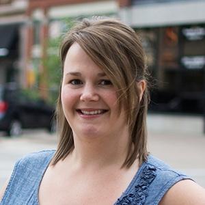 Headshot-Testimonial-Emily