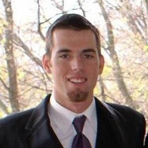 Headshot-Testimonial-Tyler-Monson